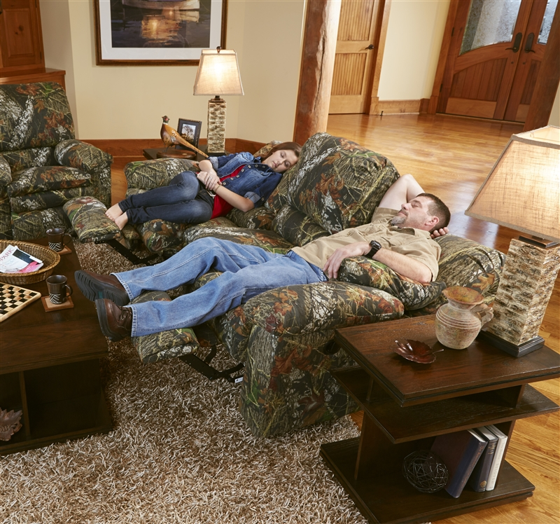 Trapper Reclining Sofa In Mossy Oak Or Realtree Camouflage Fabric By Catnapper 1301