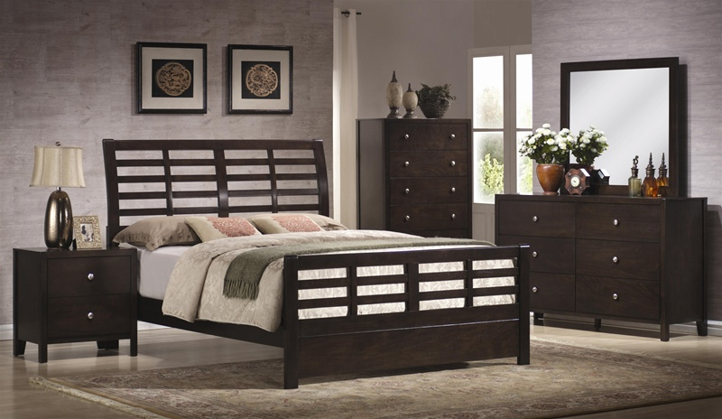 Zoe 6 Piece Bedroom Set in Rich, Dark Brown Finish by Coaster - 200800