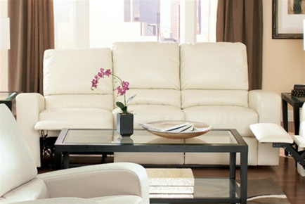 Kingslee Dual Reclining Sofa In Cream Bonded Leather By Coaster   600371