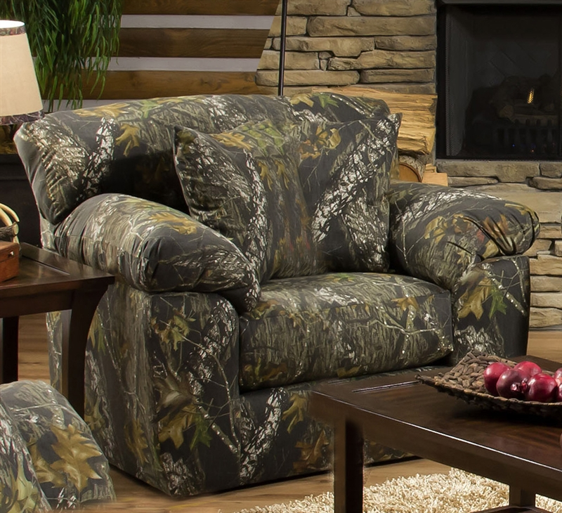 Big Game Oversized Chair In Mossy Oak Camouflage Fabric By