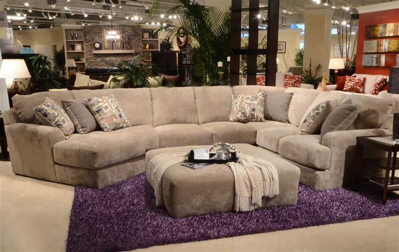 Malibu 3 Piece Sectional In Taupe Adobe Or Sand Chenille