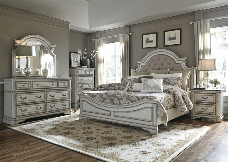 Magnolia Manor Upholstered Bed 6 Piece Bedroom Set in ...