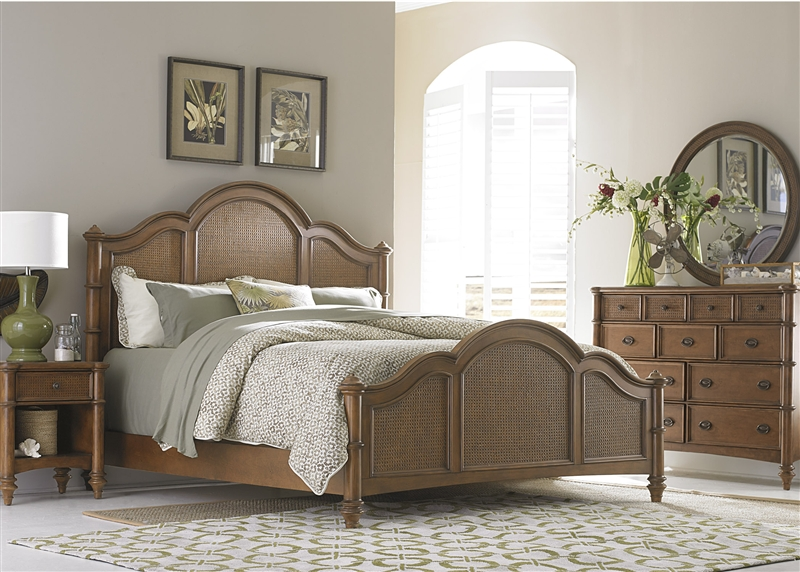 Sunset Key Poster Bed 6 Piece Bedroom Set in Sienna Finish by