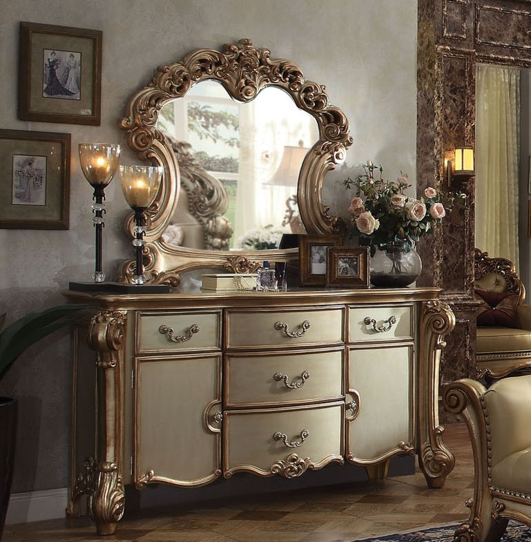Vendome 6 Piece Bedroom Set In Gold Patina Finish By Acme
