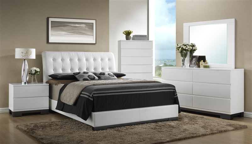 Avery 6 Piece Bedroom Suite in White Finish by Crown Mark - B4850