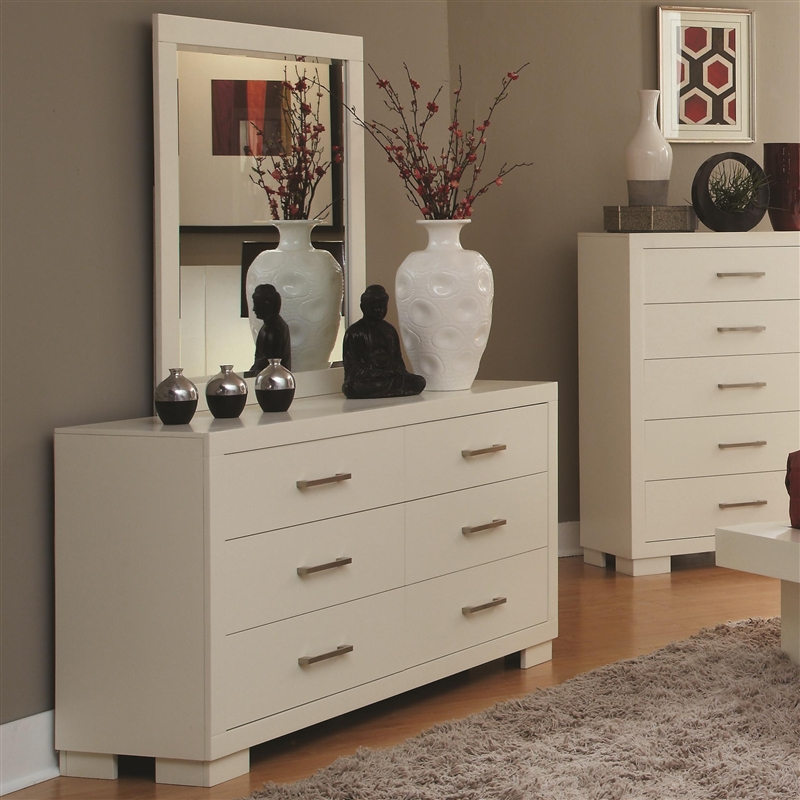 Jessica Padded Headboard Bedroom Set In White Finish By Coaster   202999 Amazing Design