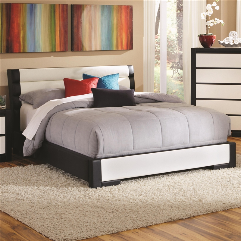 Kimball Black And White Upholstered 6 Piece Bedroom Set By Coaster