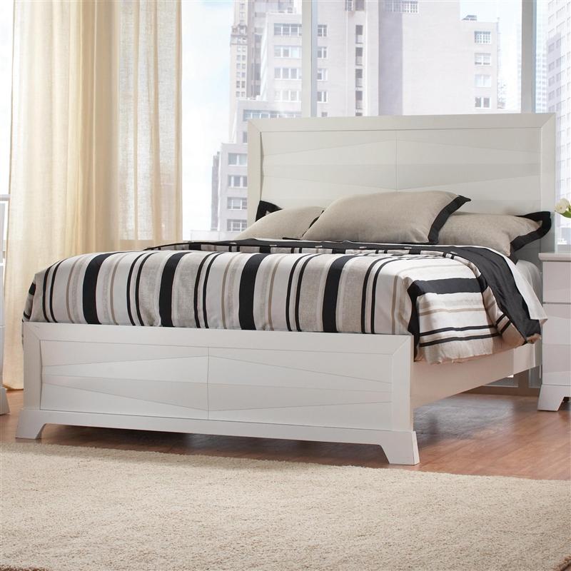 Karolina 6 Piece Bedroom Set In White Finish By Coaster 203461