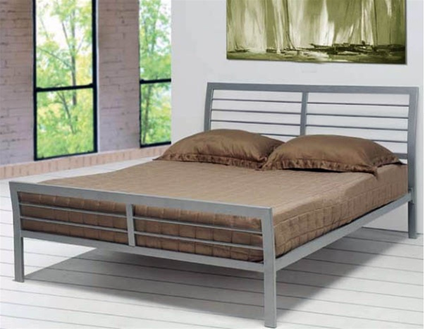 silver bed frame queen bed in silver metal finish by coaster 300201q 5212