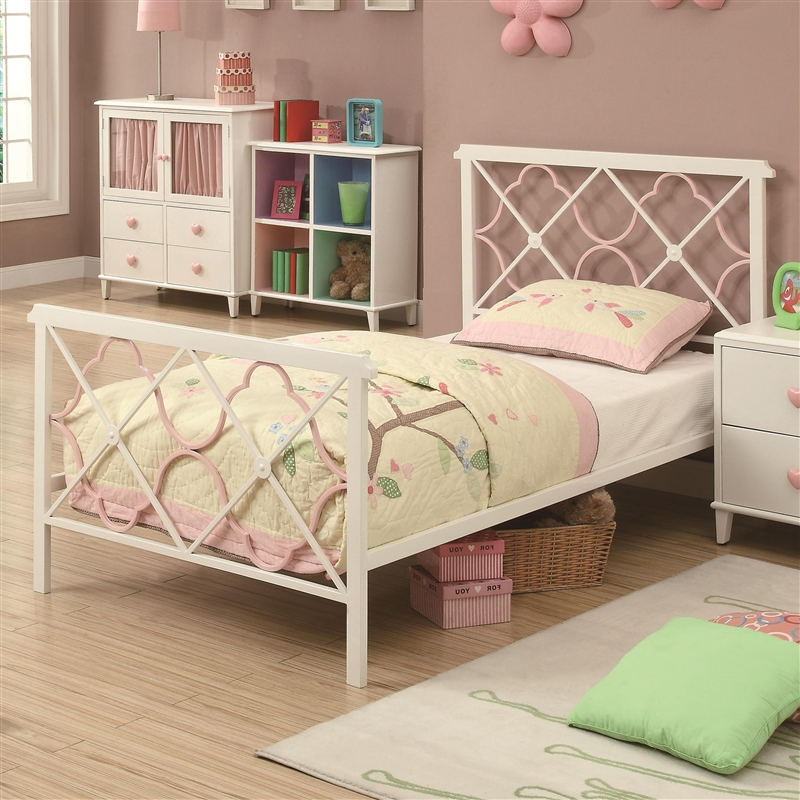 Juliette 4 Piece Youth Bedroom Set In White Metal Finish By Coaster