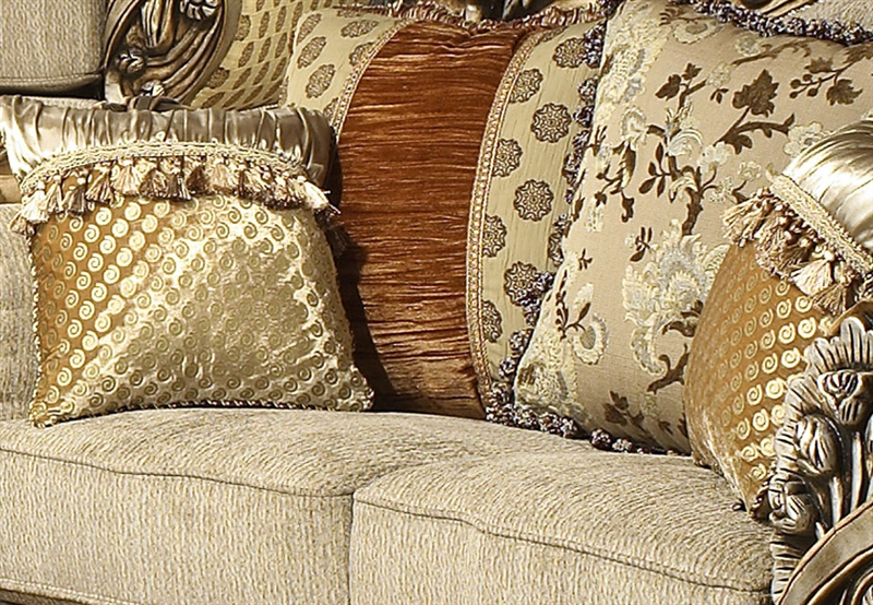 Lu0027Aquila Beige Chenille Fabric, Antiqued Finish Loveseat By Homey Design    272 L
