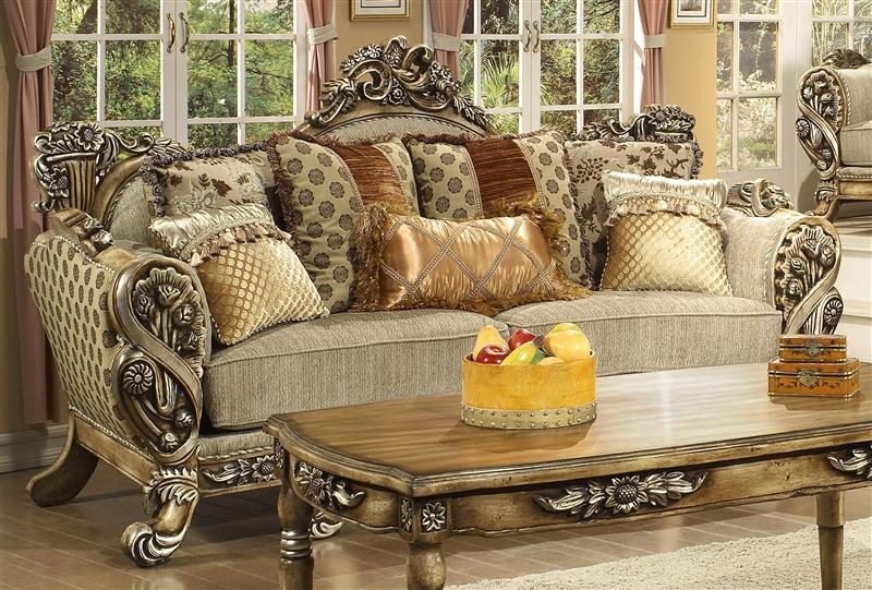 Attirant Lu0027Aquila Beige Chenille Fabric, Antiqued Finish Sofa By Homey Design   272 S