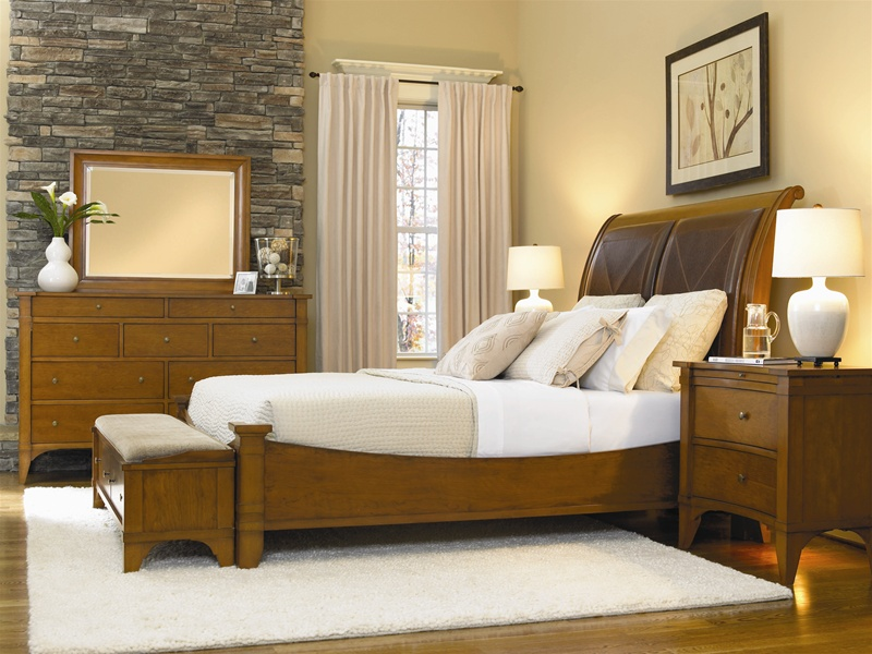 Leather Headboard Sleigh Bed 6 Piece Abbott Place Bedroom Set In Clear Natural Cherry Finish By