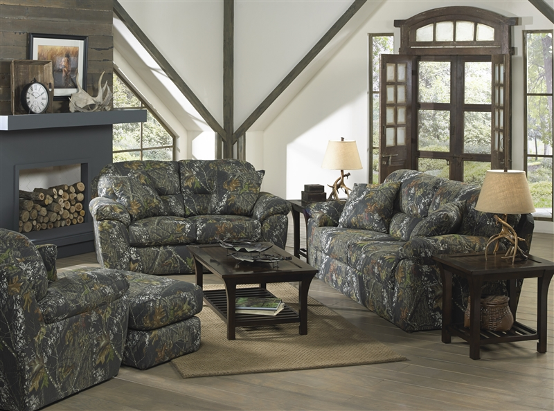 Cumberland Loveseat In Mossy Oak Or Realtree Camouflage Fabric By Jackson Fur