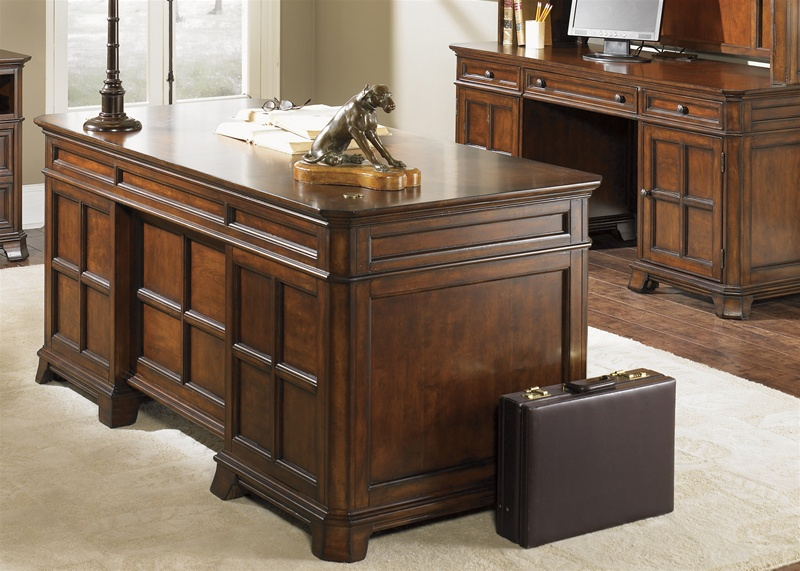 Superbe Remington Jr Executive Desk In Brown Whiskey Finish By Liberty Furniture    114 HO105BT
