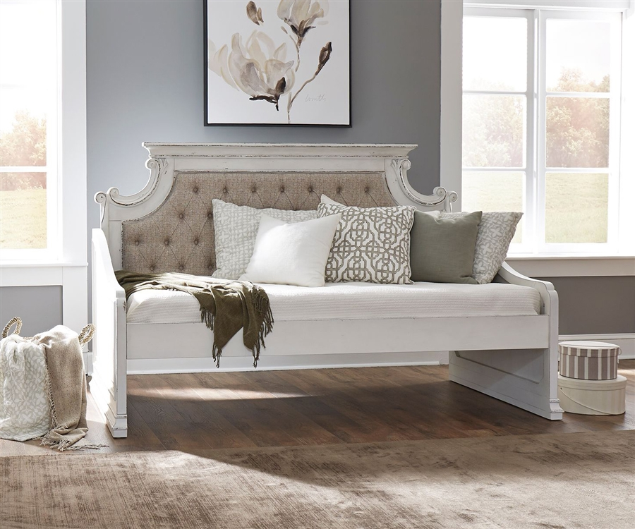 Magnolia Manor Twin Daybed In Antique White Finish By Liberty