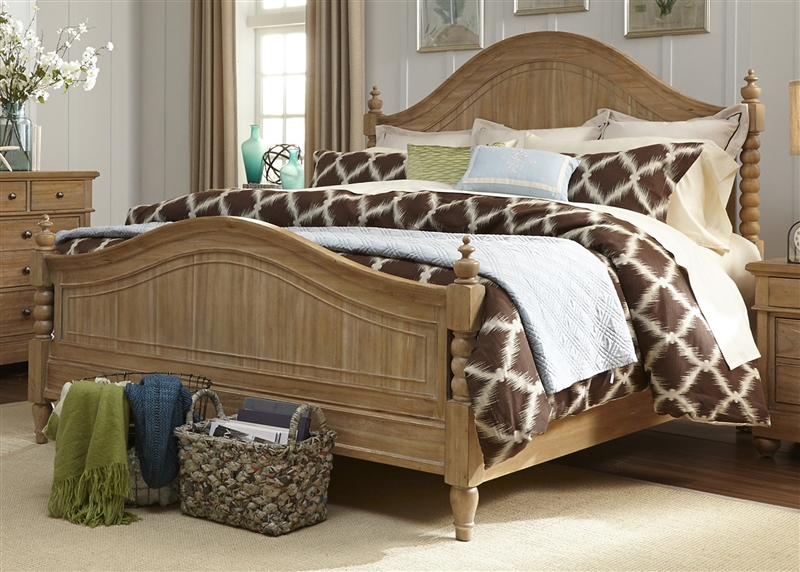 queen poster bedroom set.  Harbor View Poster Bed in Sand Finish by Liberty Furniture 531 P BED