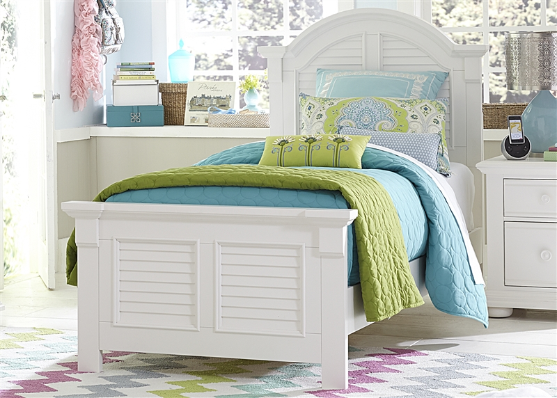 Summer House 4 Piece Youth Bedroom Set in Oyster White Finish by
