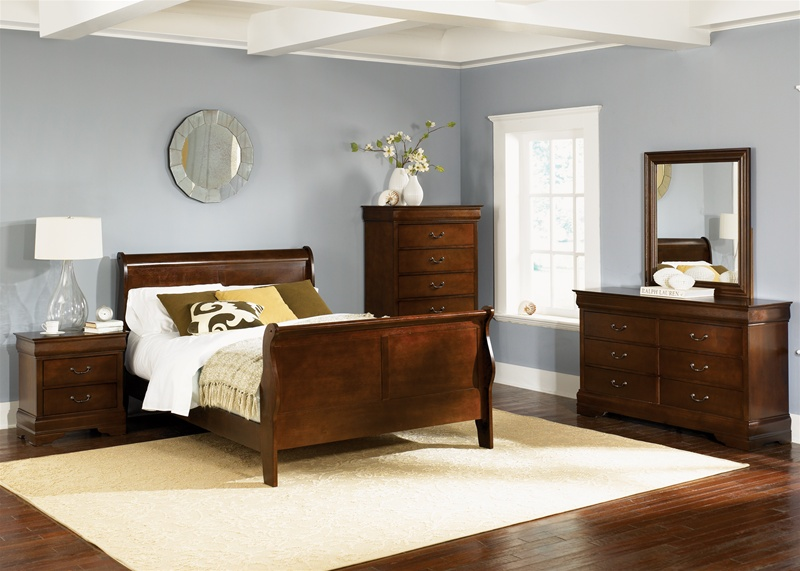 Carrington Sleigh Bed Piece Bedroom Set In Whiskey Finish By - Carrington bedroom furniture