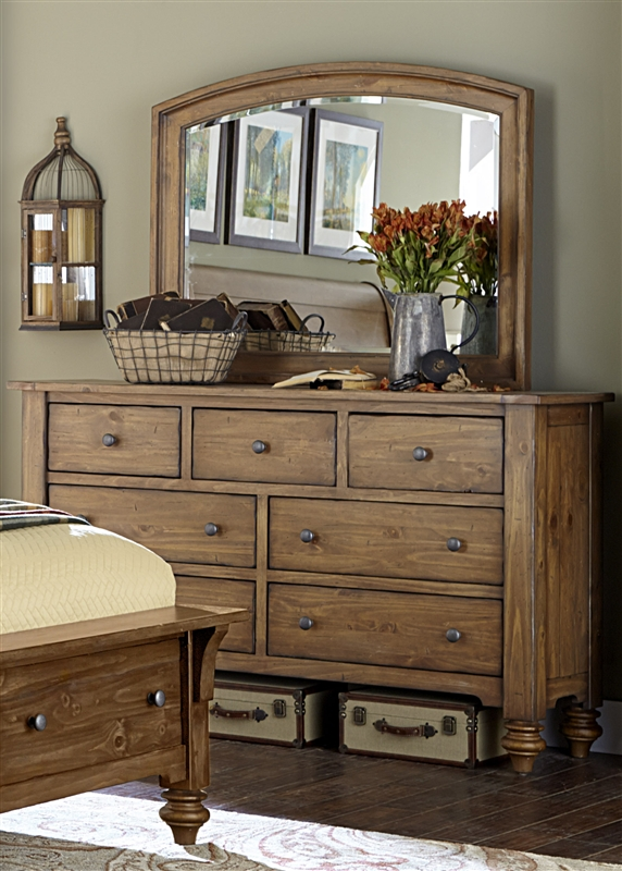 Southern Pines Sleigh Bed In Vintage Light Pine Finish By Liberty Furniture    918 BR QSL