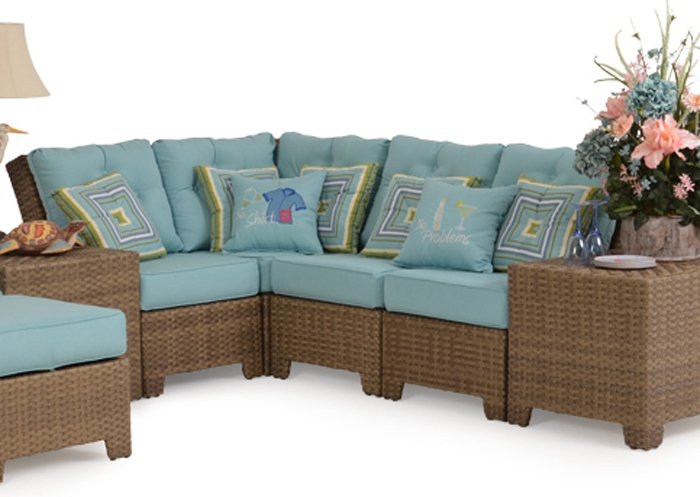 Kokomo 4 Piece Outdoor Sectional In Oyster Grey Finish By Palm