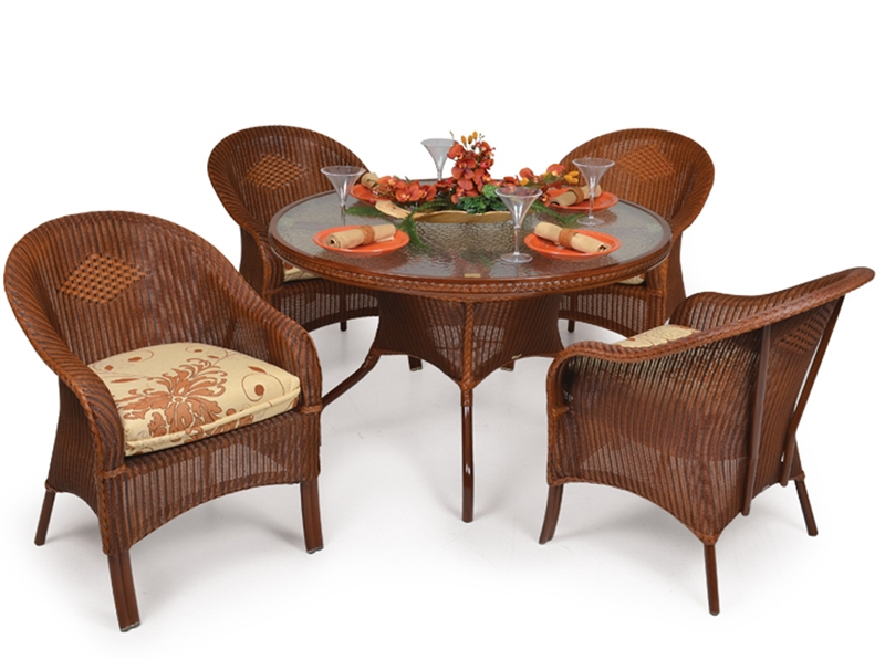 Hampton 5 Piece Round Dining Table Set In Pecan Glaze Finish By Palm Springs Rattan