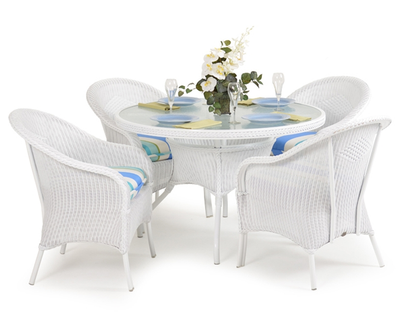 Hampton 5 Piece Round Dining Table Set In White Finish By Palm Springs Rattan 848gr W